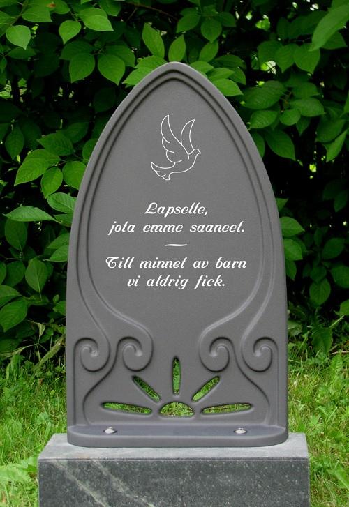 Hautakivi Hiljaisuus